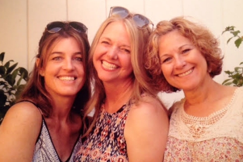 Me (left) and my sisters-in-law :: California, 2016