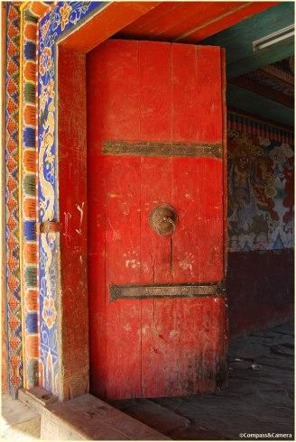 Door to Gangtey Goemba