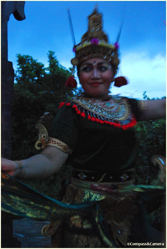 Kecak Ramayana dancer