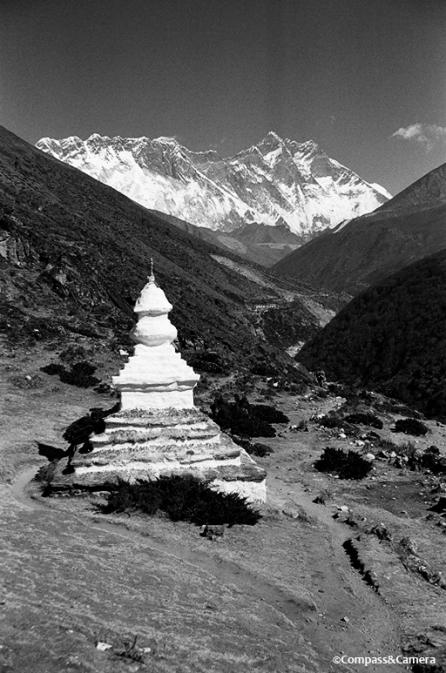 Chorten with Nuptse, Everest and Lhotse