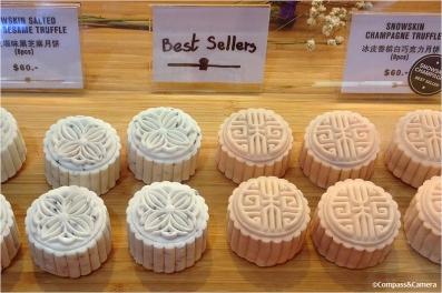 Snowskin mooncakes -- my favorite