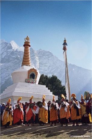 Gathering near the Tengboche stupah