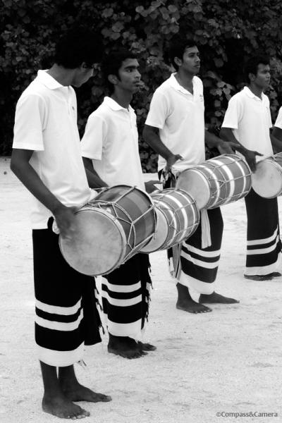 Olhuveli Drum Line