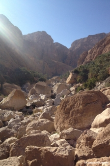Hiking into Wadi Tiwi