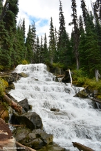 Joffre Lakes waterfall