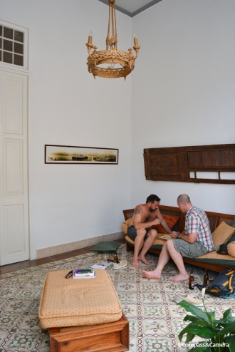 Afternoon backgammon in the parlor