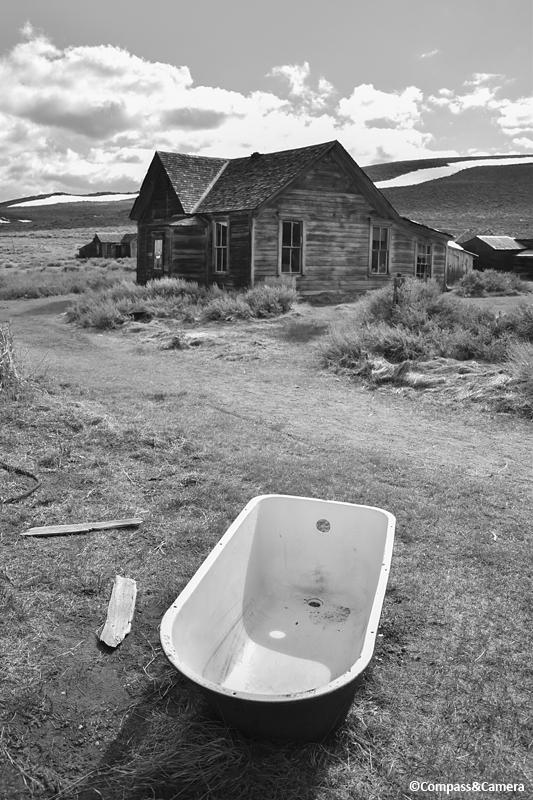 Bodie Bathtub