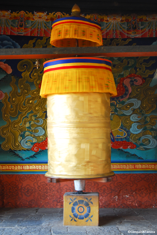 Prayer wheel in the entry