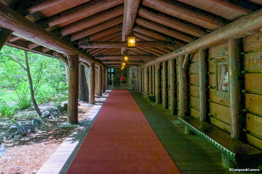 Red carpet entry to the Ahwahnee Hotel
