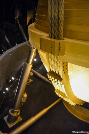 Cables holding the wind damper at Taipei 101
