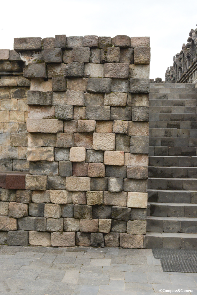 Stone wall assembly